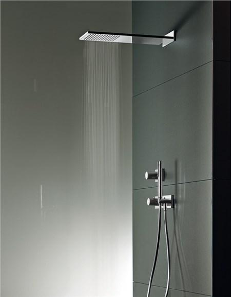 Doccia soffione confortevole soggiorno nella casa - Soffione della doccia ...