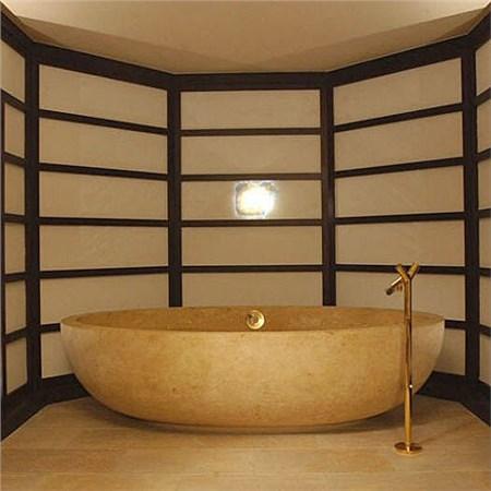 Bagno con vasca in pietra idee creative su interni e mobili - Vasca da bagno in pietra ...