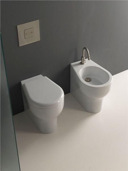 Sanitari grandi dimensioni termosifoni in ghisa scheda tecnica - Dimensioni di un bagno ...