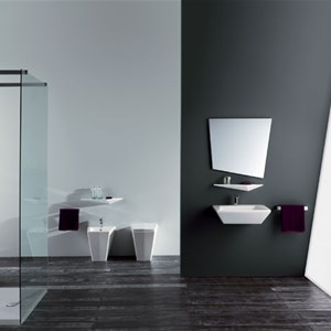 Ambiente bagno back to wall