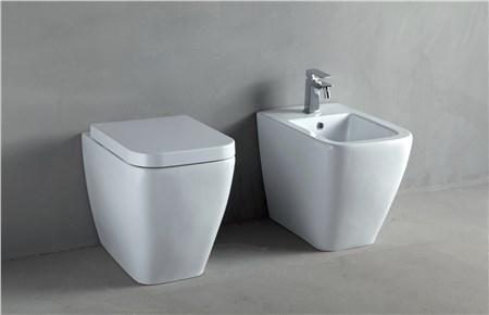 Sanitari bagno thin di rifra for Produttori sanitari bagno