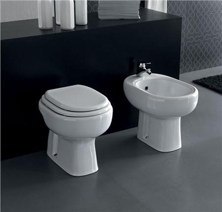 Sanitari hidra serie onda termosifoni in ghisa scheda for Produttori sanitari bagno
