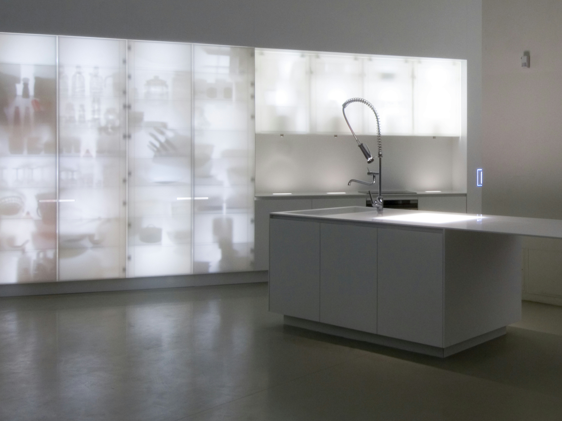 Cucina con isola in corian - Isola in cucina ...