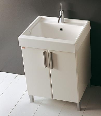 Mobile laccato con lavabo