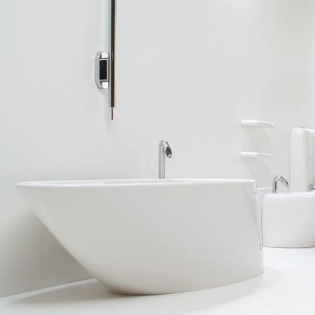 Vasche Da Bagno Free Standing Rubinetteria Minimal E Complementi D ...
