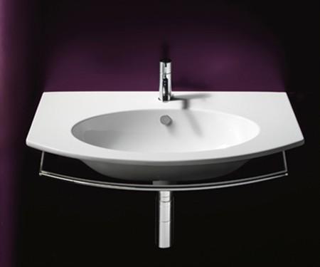 Bagno piccolo la soluzione si chiama ceramica catalano for Termoarredo bagno piccolo