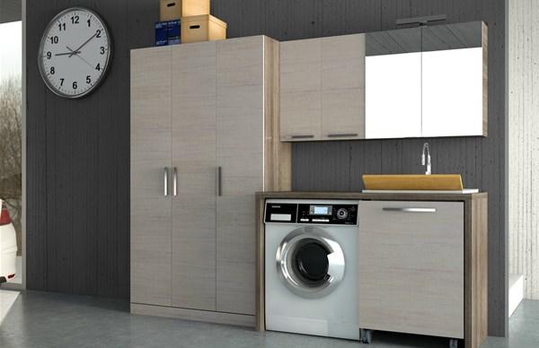 Armadio Lavanderia A Scomparsa : Carino armadio lavanderia creare secondo bagno e cabina in pi