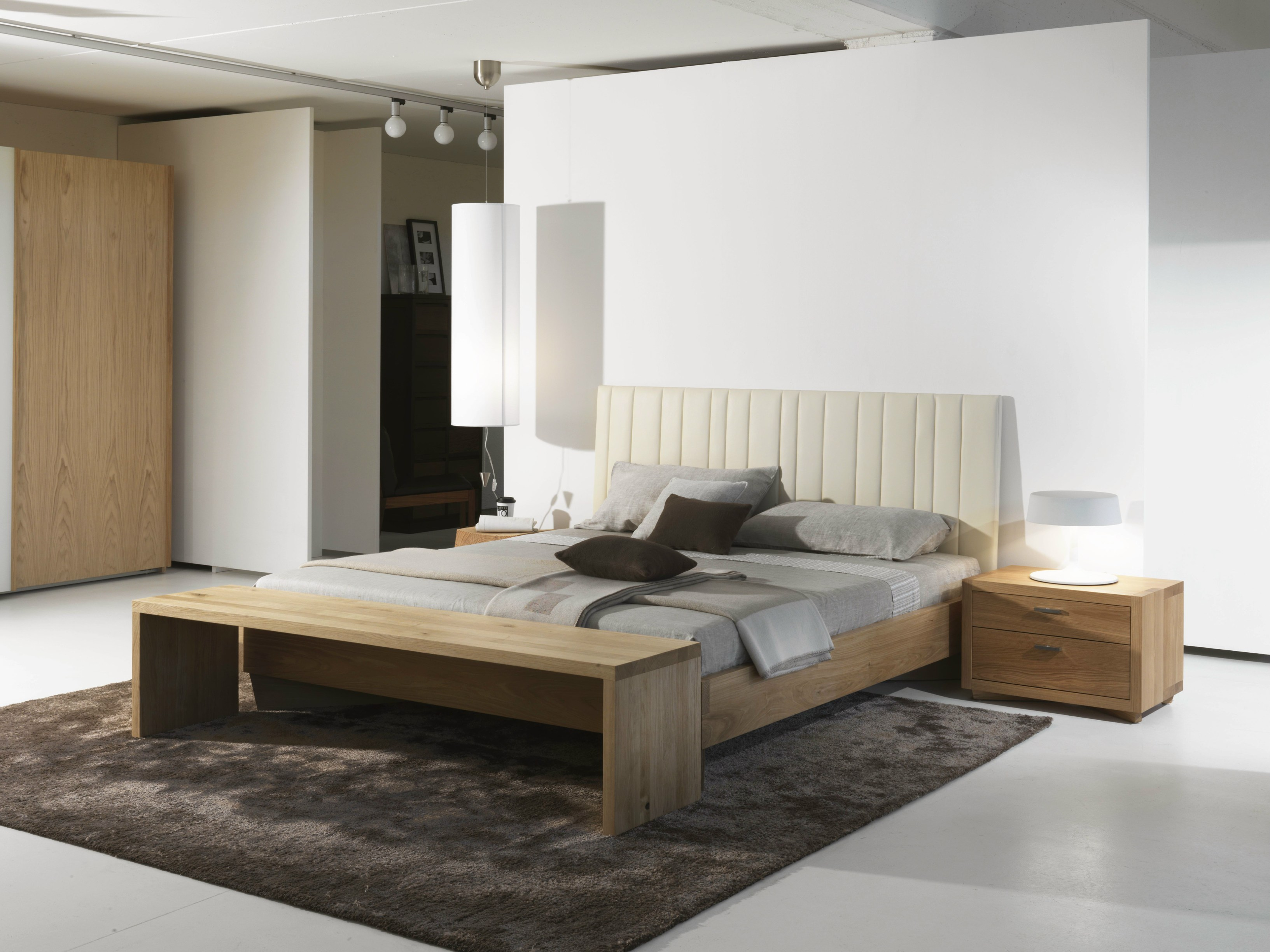 letto matrimoniale moderno vezio. Black Bedroom Furniture Sets. Home Design Ideas
