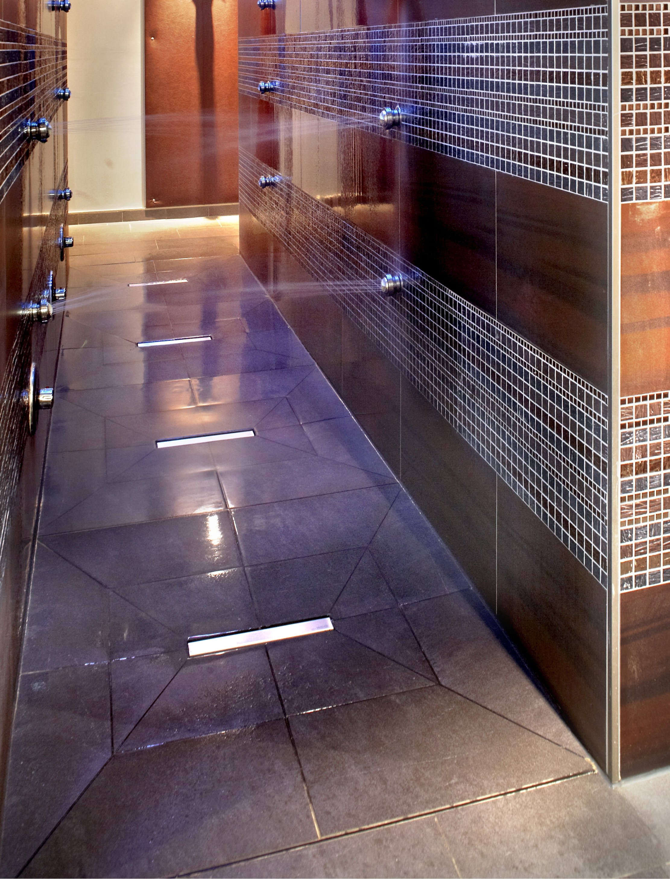 Piatto doccia piastrelle affordable coprire le piastrelle del bagno with piatto doccia - Piatto doccia piastrelle ...